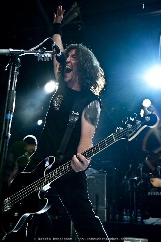 Frankie Bello of Anthrax, Schüür Lucerne, July 5 2011
