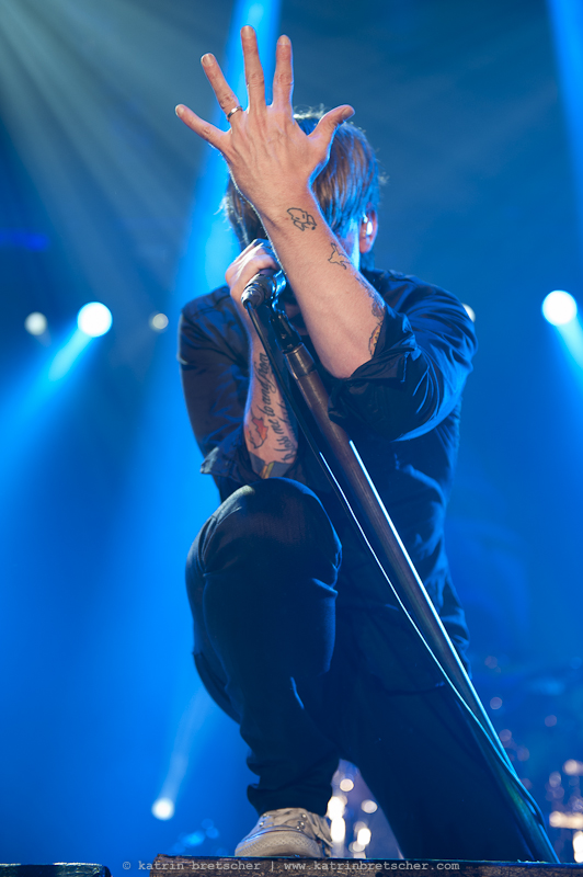Billy Talent live on stage at Eishalle Deutweg, Winterthur. Photo by professional music photographer Katrin Bretscher